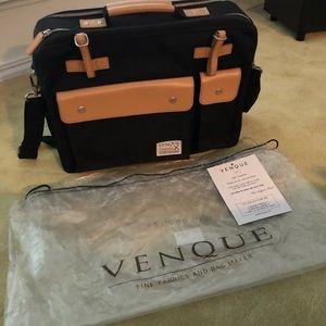 NEW Venque Briefcase